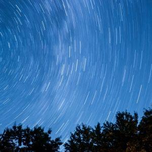 天体観測が快適で便利に!せっかく星を見るなら用意したいアイテム4つ
