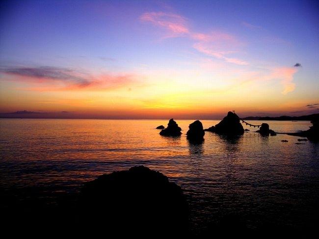 縁結びのシンボル「夫婦岩」