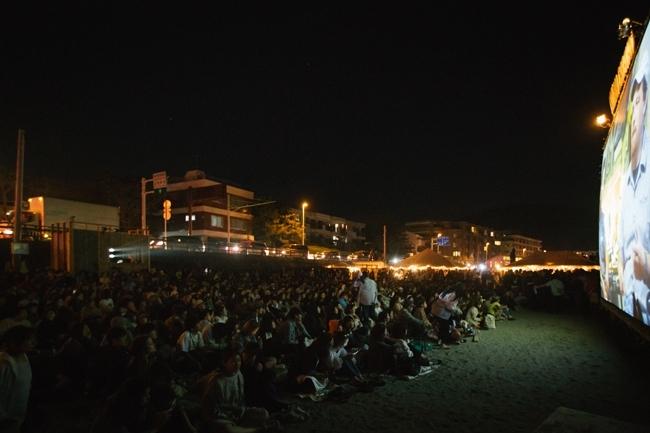 【関東】GWはゆったり外シネマ! 逗子&六本木の野外映画を楽しめるイベントへその3