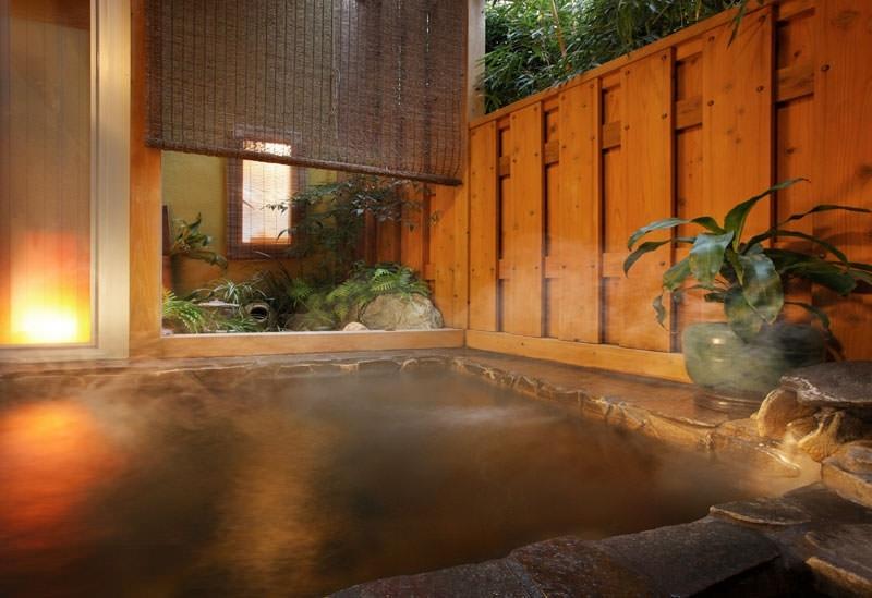 天然鉱泉を愉しめる3ヶ所の貸切風呂