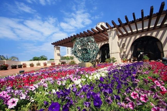 沖縄「ホテル日航アリビラ」で春満開の花のイベント