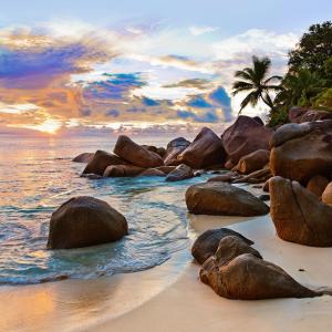 美しいビーチがセーシェルにあった。リゾート地・プララン島の魅力