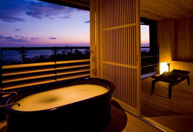 全室にシルキーバスの露天風呂