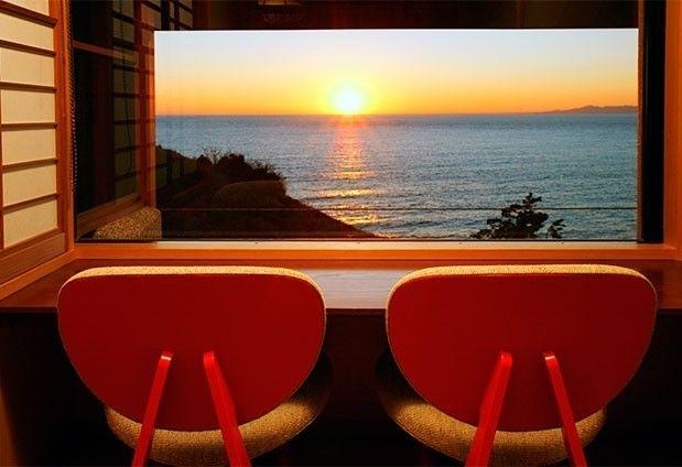 戸田温泉のホテル「海のほてるいさば」の魅力1:オーシャンビューの客室