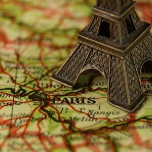 読んだら旅に出たくなる。「フランス」に関するおすすめの本4選