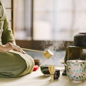 着付けだけじゃもったいない。京都でプチ茶道体験を