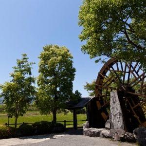 神話息づく田舎で寛ぎの時間を。「極楽温泉 匠の宿」で体験できる4つのことその0
