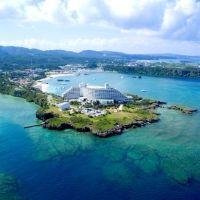 一度は泊まってみたい!夢のトリップを叶える、沖縄県の「厳千宿」4選