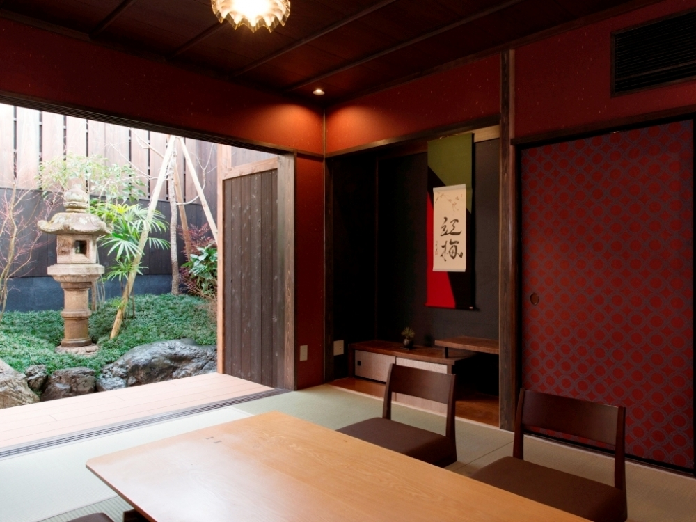日本の美意識が溢れる優雅な客室で贅沢ステイ