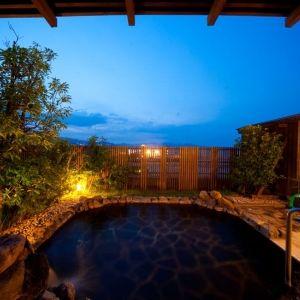自家源泉が楽しめる別府の宿。「悠彩の宿 望海」の美人の湯を堪能