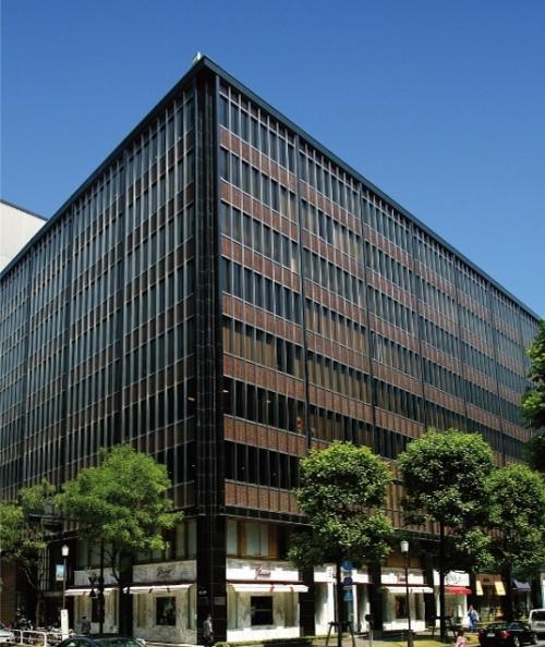 【3】芸術とのコラボレーションも見どころ「国際ビル」