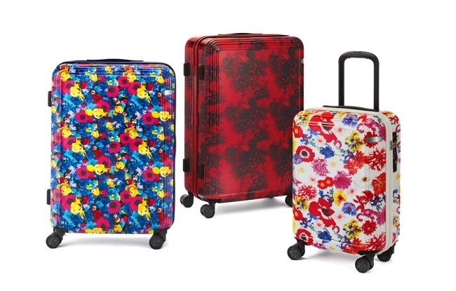 色鮮やかな花が旅を彩る M/mika ninagawaコラボスーツケース