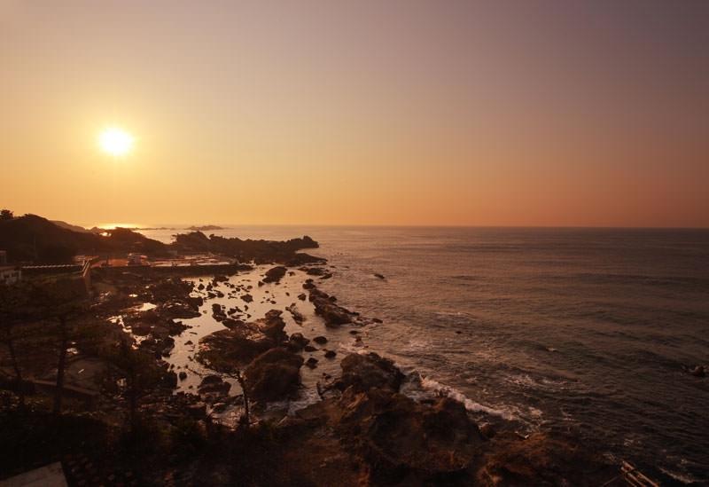 日本画家たちに愛された海がすぐそばに
