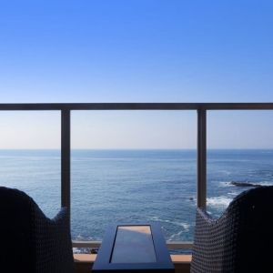 海の大パノラマと温泉でココロをからっぽに。千葉の宿「房総鴨川温泉 是空」へ行こう