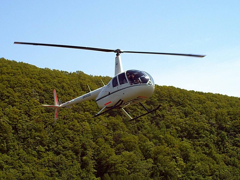 ②ヘリコプターから見下ろす洞爺湖も最高