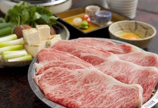 老舗高級黒毛和牛専門店「はり重」で夕食