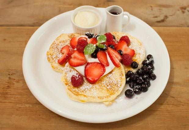 朝食がおすすめ!「ホテルリリーフなんば大国町」に宿泊