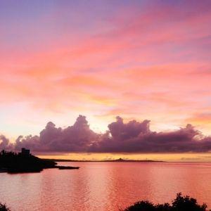 空と海とをひとりじめ。沖縄一人旅で利用したいオーシャンビューの宿