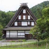 大型アートテーマパークにノスタルジックな建物……。岐阜県のおすすめ観光スポット4選