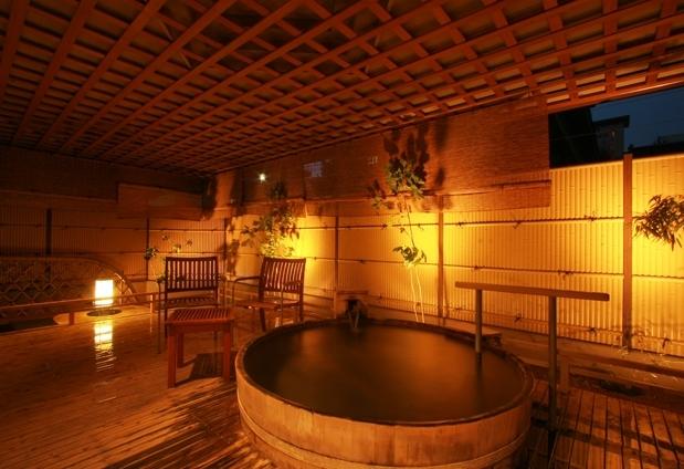 黄金の湯が愉しめるおすすめの温泉宿④かけ流し源泉の宿 渋の湯