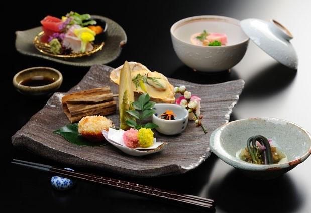 福島県の岳温泉「お宿 花かんざし」の魅力②全国各地から選りすぐった食材