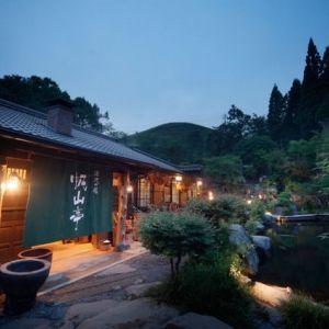 全室離れ・露天風呂・会席料理。熊本で体験する、自然の中に滞在する時間