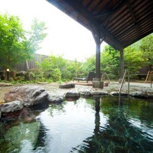 名湯はもちろん、由布岳の大自然を感じられる贅沢なひと時を「由布院ユウベルホテル」で