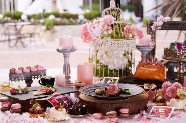 1日だけの特別コース。桜がテーマの「Tea Party ~Sakura Festival~」