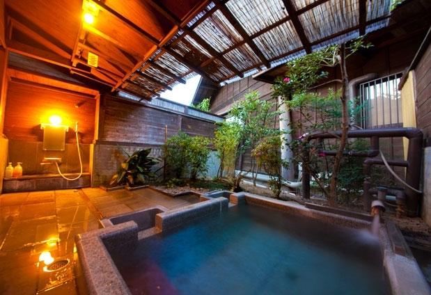 「八面山金色温泉 こがね山荘」の魅力④充実の施設