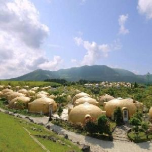 雲の上の大草原!熊本県阿蘇「草千里ヶ浜」の楽しみ方