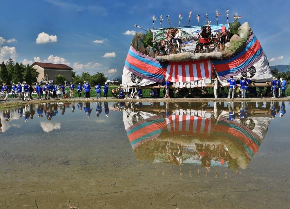 安曇野にはお船が曳かれるお祭りが盛りだくさん