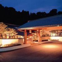 「川端の湯宿 滝亭」で最高の癒し体験。金沢で過ごす上質な夜