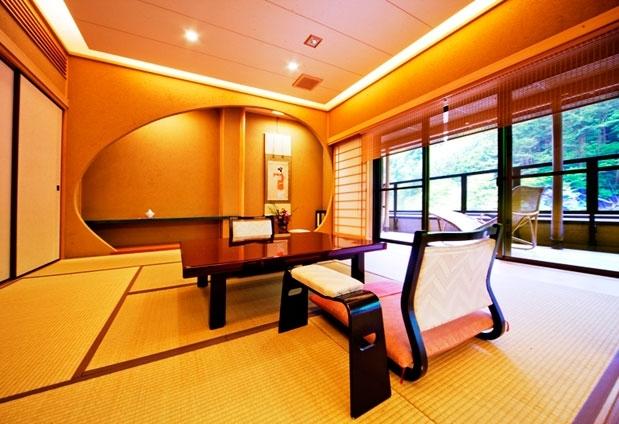 ギネス認定の歴史のある旅館「慶雲館」