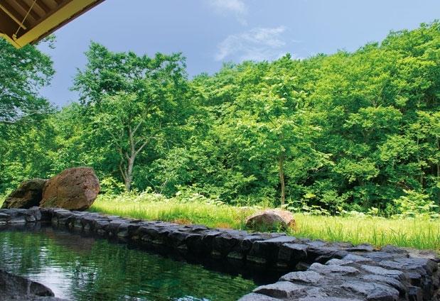 「HOTEL Jogakura」で八甲田山の自然を感じる