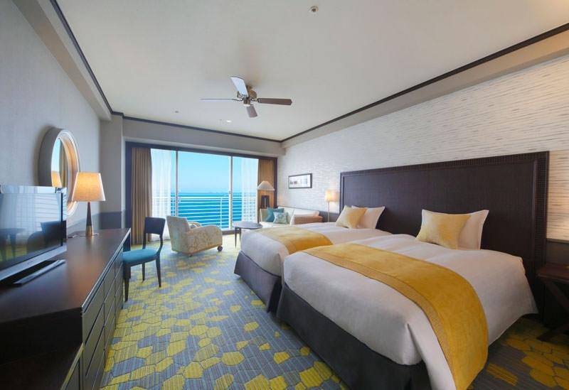 琵琶湖の畔に佇むリゾートホテル「琵琶湖ホテル」