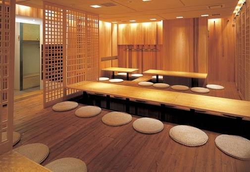 美味しい日本酒を飲むなら「直営 千歳鶴」へ
