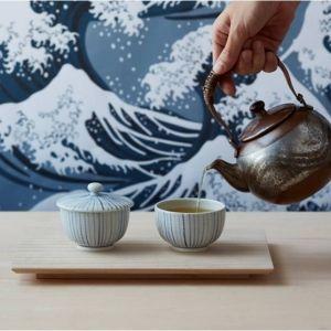抹茶を点てるように作るラテ。日本茶スタンドカフェが12/1に千駄ヶ谷にオープン
