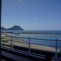 北海道の人気海水浴スポット、古平のマリンハウスで憩いのひと時を