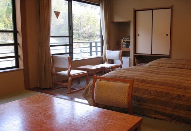 神奈川県にある湯河原温泉「旅館まんりょう」の魅力②全客室温泉風呂付き