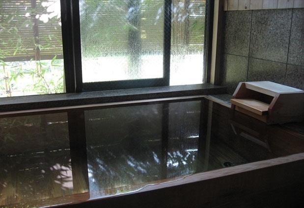 神奈川県にある湯河原温泉「旅館まんりょう」の魅力③無料貸切風呂2種類
