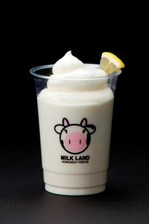 目玉は超濃厚なパフェ!北海道産ミルクをたっぷり味わえる専門店が渋谷にオープンその4