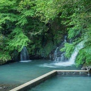 渓流を眺める湯浴みを。旅情あふれる光景が楽しめる宿4選
