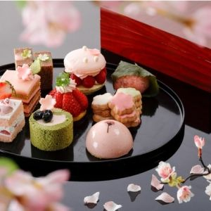 【全国】桜モチーフが勢ぞろい! テイクアウトも可能な春のホテルスイーツ3選その0
