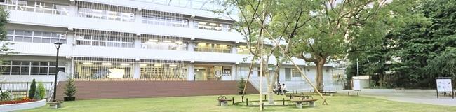 日本開催の会場は廃校となった旧練成中学校「アーツ千代田 3331」