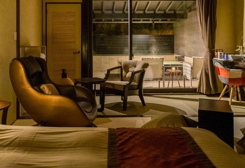 和の趣とモダンな雰囲気を併せ持つ洗練された客室