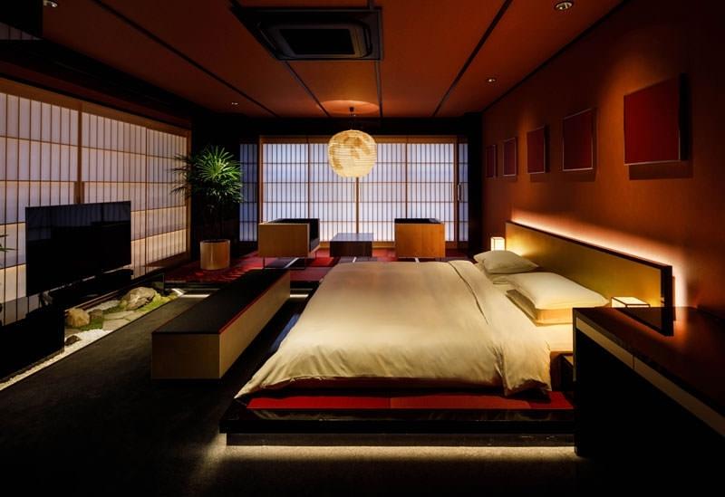 13の感性が光るデザイナーズホテル「THE SCREEN」
