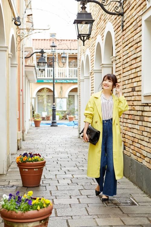 軽やかな春色アウターを着てオシャレな旅へGO!