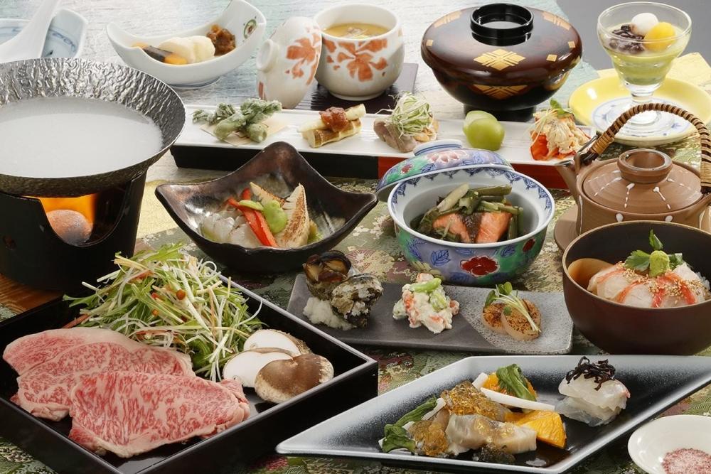 """料理長渾身の""""和魂洋菜料理""""が絶品"""