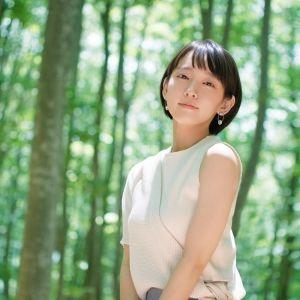 吉岡里帆さんが案内するアートなスポット。自然の癒しと芸術を楽しむ新潟旅へ