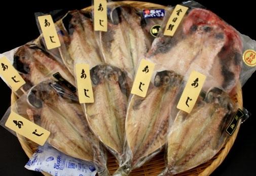 5位 絶妙な塩加減がごはんに合う「魚永セット」(静岡)